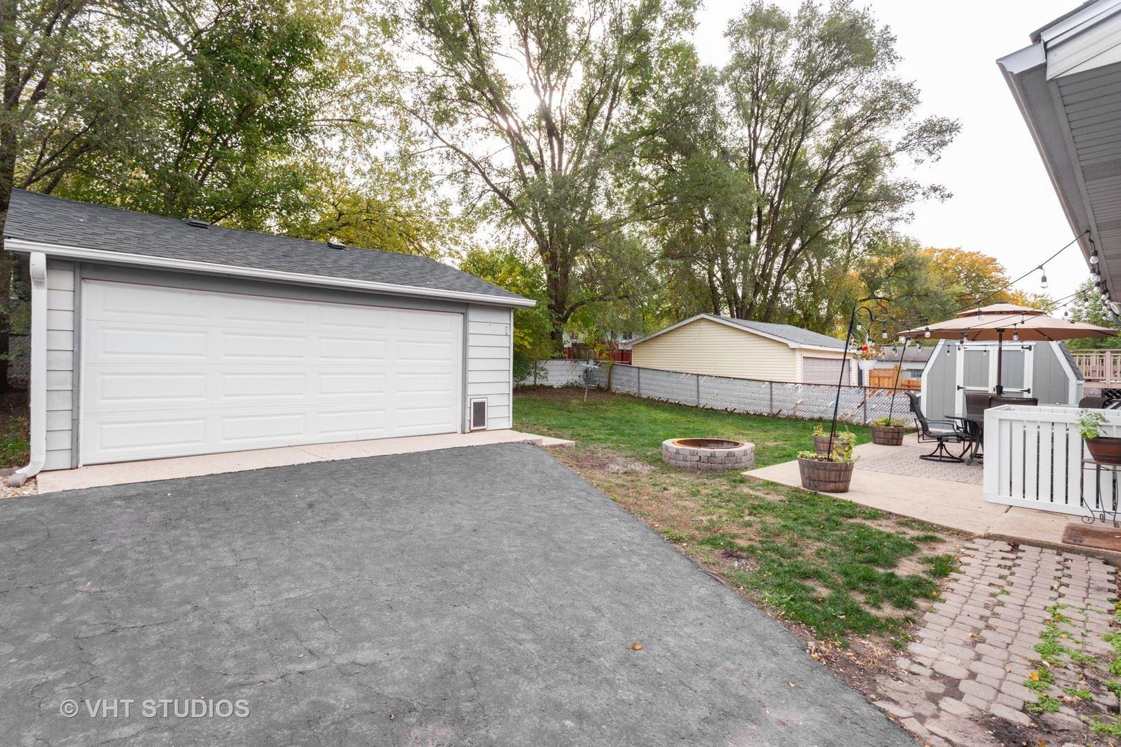 Photo of 156 Galewood Drive, Bolingbrook, IL 60440 (MLS # 10906810)