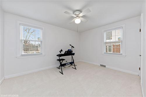 Tiny photo for 402 W Lonnquist Boulevard W, Mount Prospect, IL 60056 (MLS # 10970811)