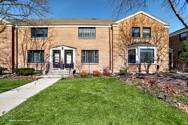 197 FELLOWS Court #197, Elmhurst, IL 60126 - #: 10680812