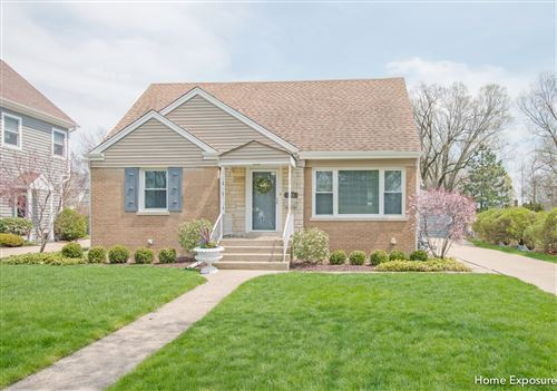Photo of 133 INDIAN Drive, Clarendon Hills, IL 60514 (MLS # 10720813)