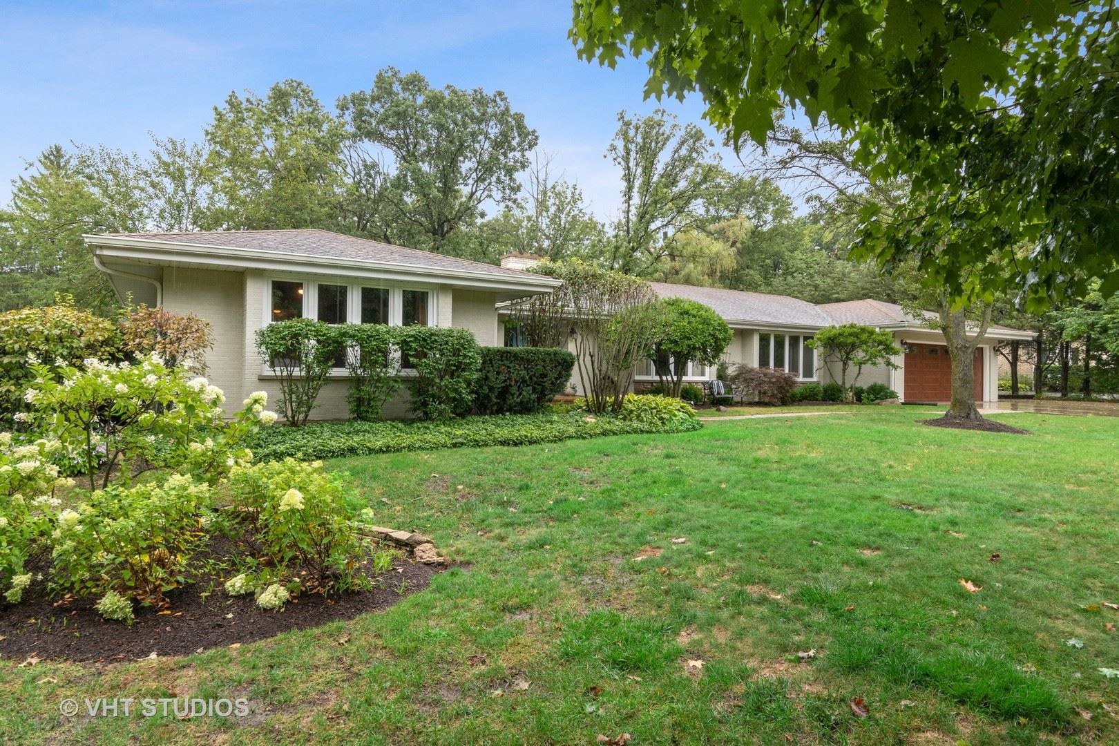 Photo for 657 Glenwood Road, Lake Forest, IL 60045 (MLS # 10841814)