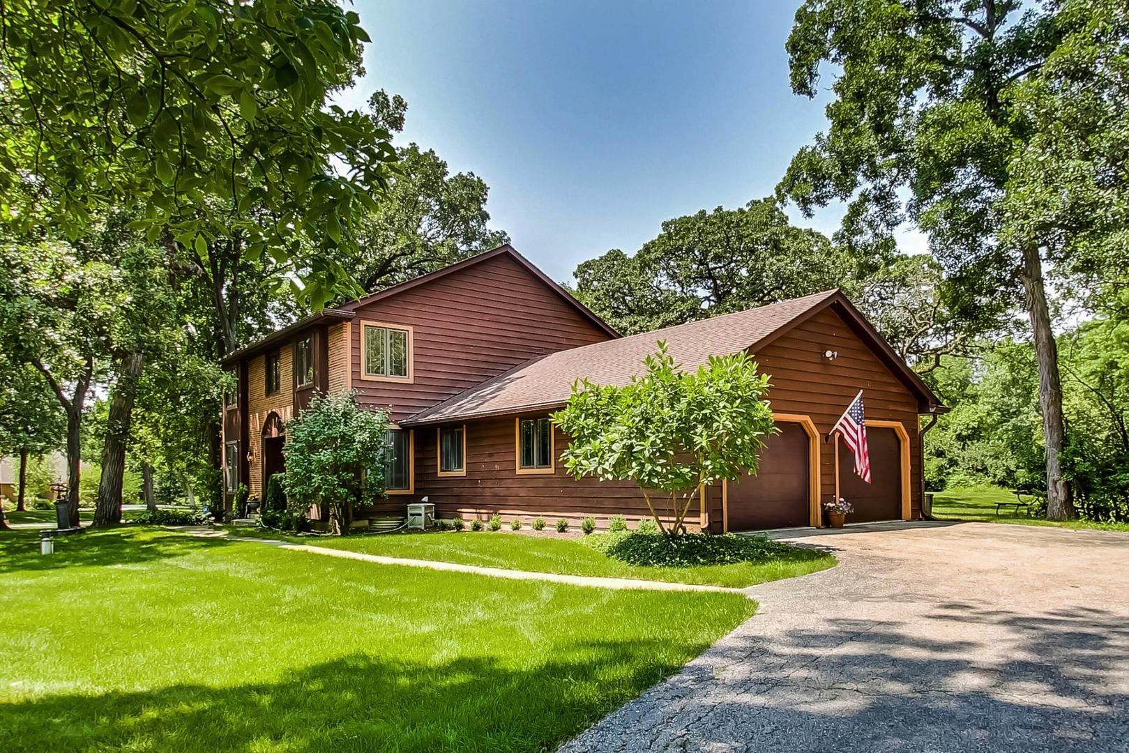 1 Wooded Lane, Hawthorn Woods, IL 60047 - #: 11231815