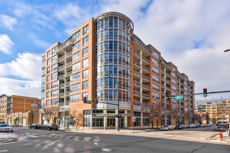 Photo of 1200 W MONROE Street #408, Chicago, IL 60607 (MLS # 11005817)