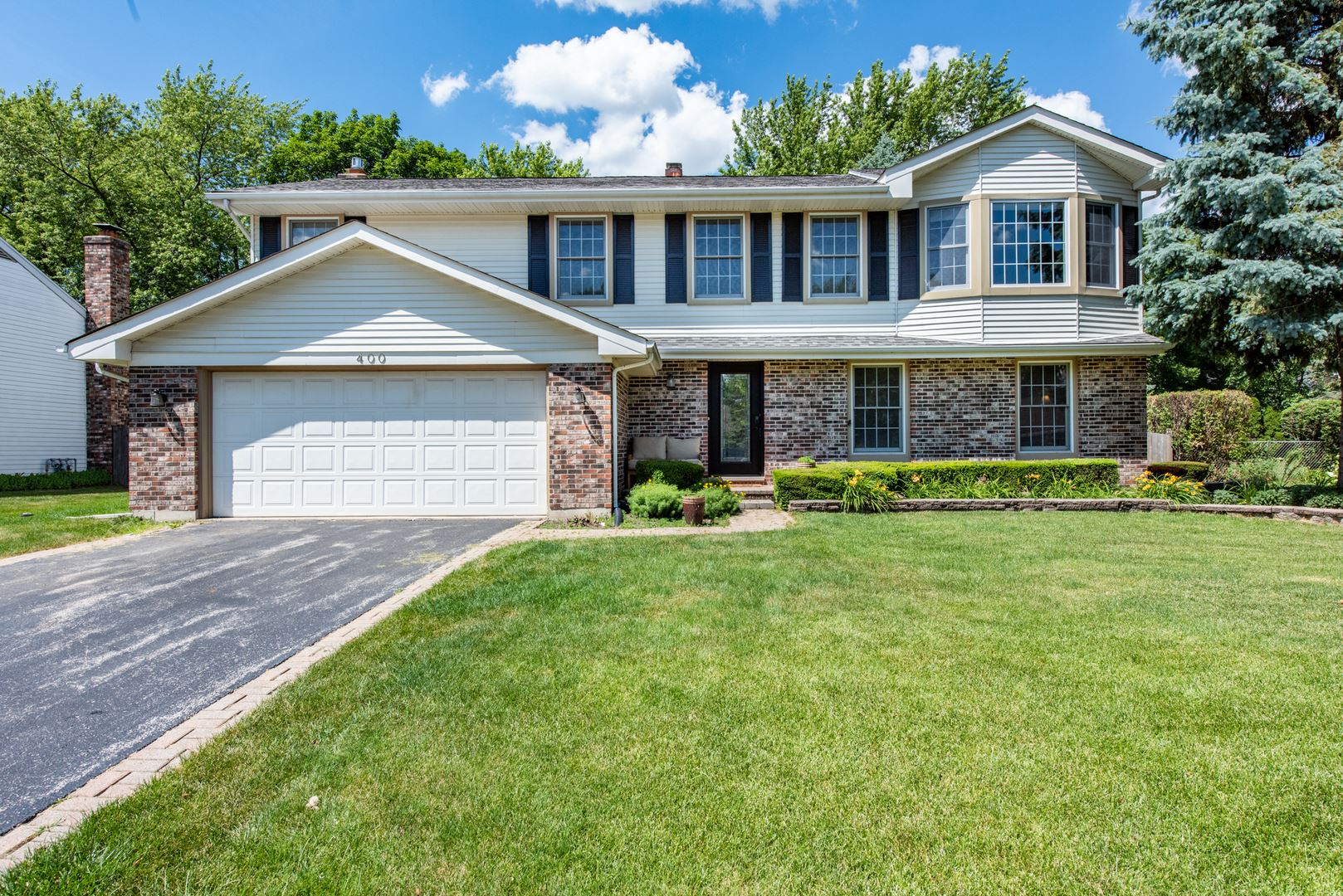 400 W Golf Road, Libertyville, IL 60048 - #: 10764818