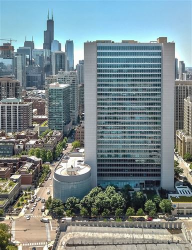 Photo of 500 W SUPERIOR Street #2403, Chicago, IL 60654 (MLS # 10992819)