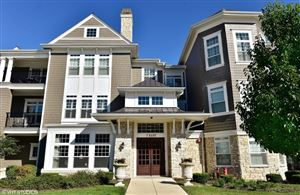 Photo of 7 East KENNEDY Lane #303, HINSDALE, IL 60521 (MLS # 10494820)
