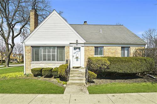Photo of 301 Nora Avenue, Glenview, IL 60025 (MLS # 10686820)