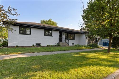 Photo of 356 W Adams Street, Elmhurst, IL 60126 (MLS # 11006820)