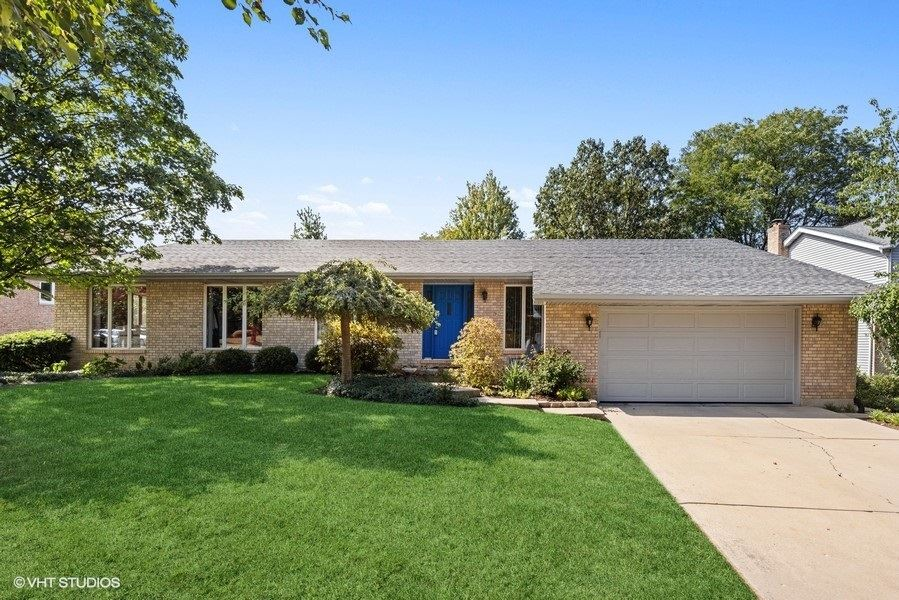 7216 Orchard Place, Downers Grove, IL 60516 - #: 11229820