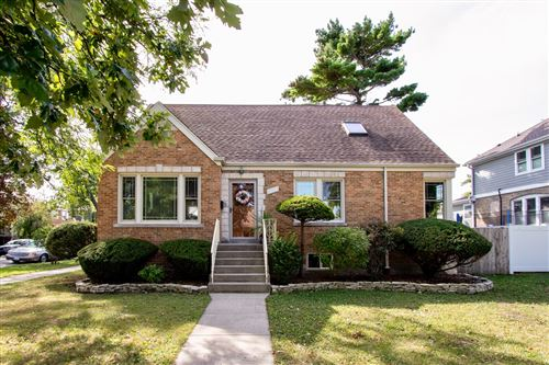 Photo of 6935 W Barry Avenue, Chicago, IL 60634 (MLS # 11229821)