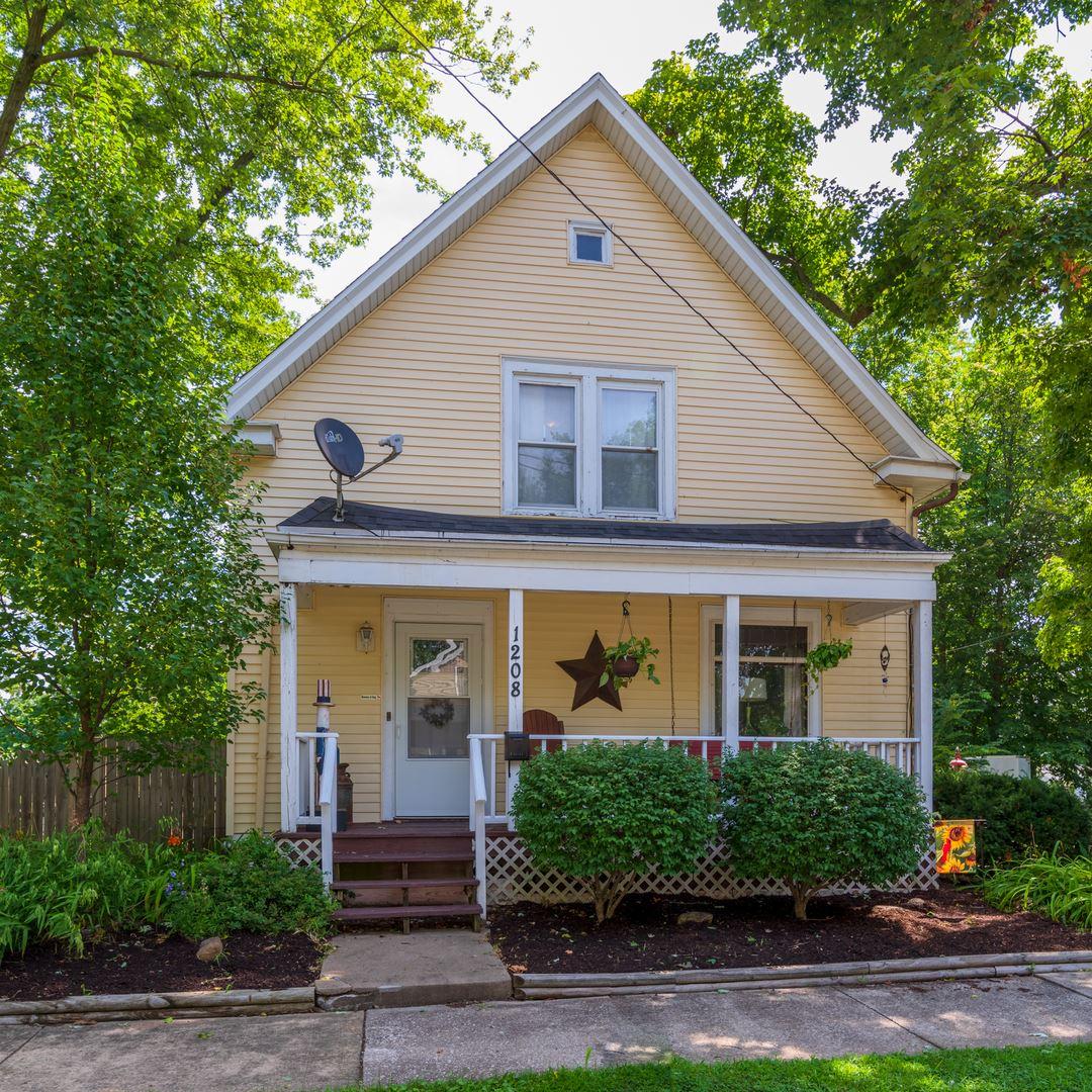 1208 Wright Street, Bloomington, IL 61701 - #: 10815821