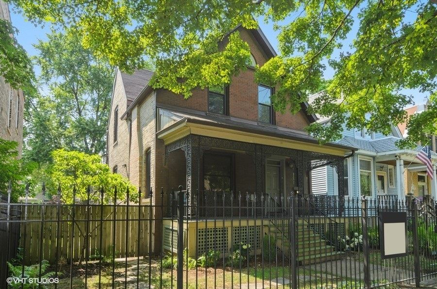 2316 N Sawyer Avenue, Chicago, IL 60647 - #: 10775823
