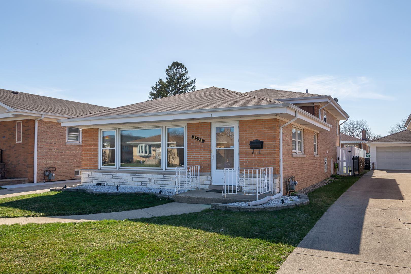 5028 N Ridgewood Avenue, Norridge, IL 60706 - #: 11042824