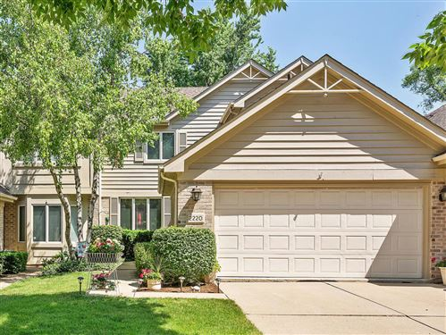 Photo of 2220 Durand Drive, Downers Grove, IL 60515 (MLS # 10966826)