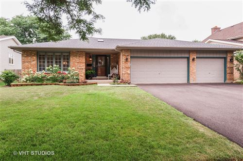 Photo of 75 Erin Drive, Cary, IL 60013 (MLS # 10814827)