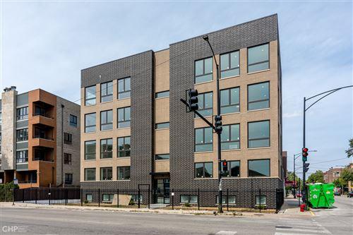 Photo of 250 S Oakley Boulevard #3W, Chicago, IL 60612 (MLS # 10935827)