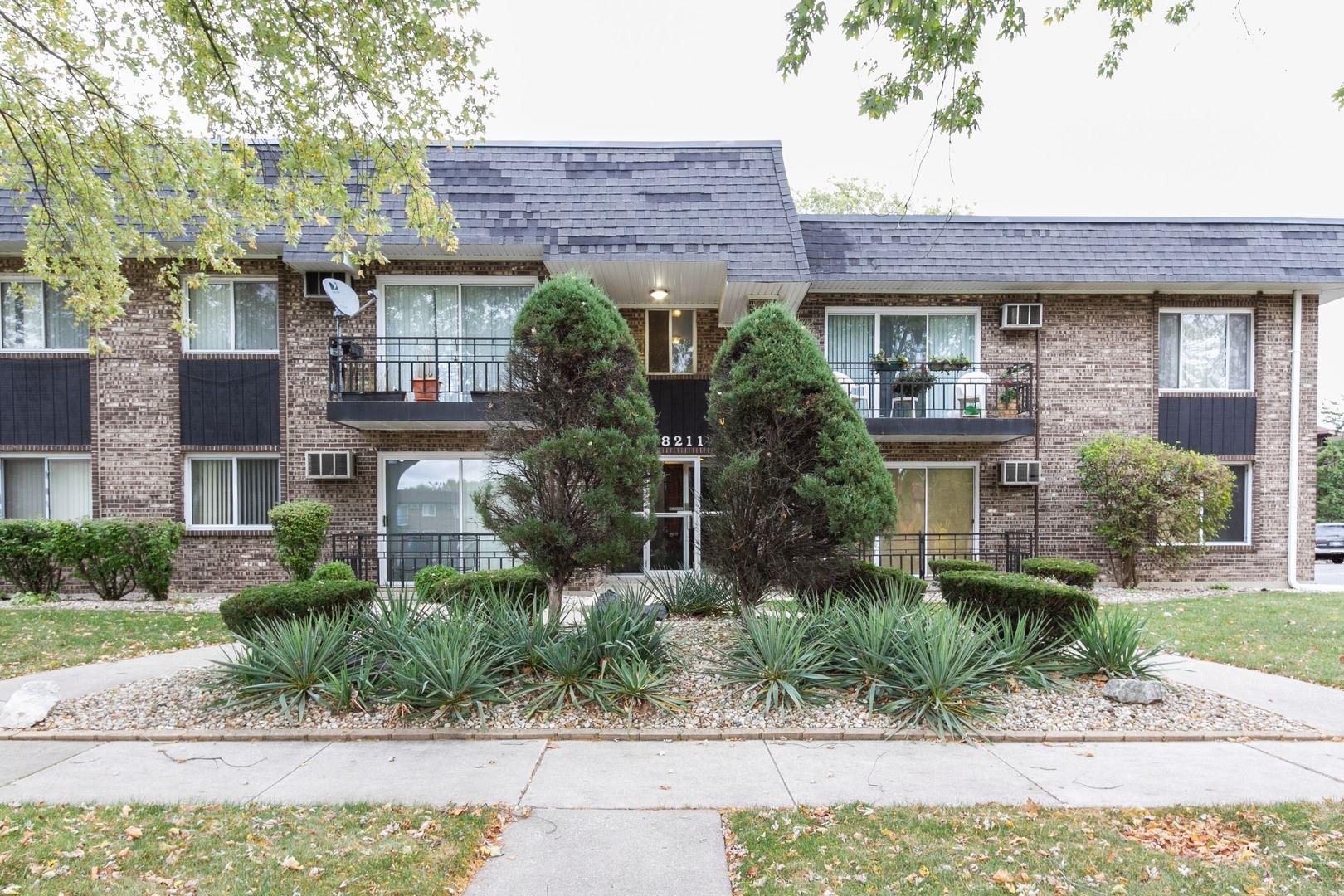 Photo of 18211 Hart Drive #5B, Homewood, IL 60430 (MLS # 11005827)