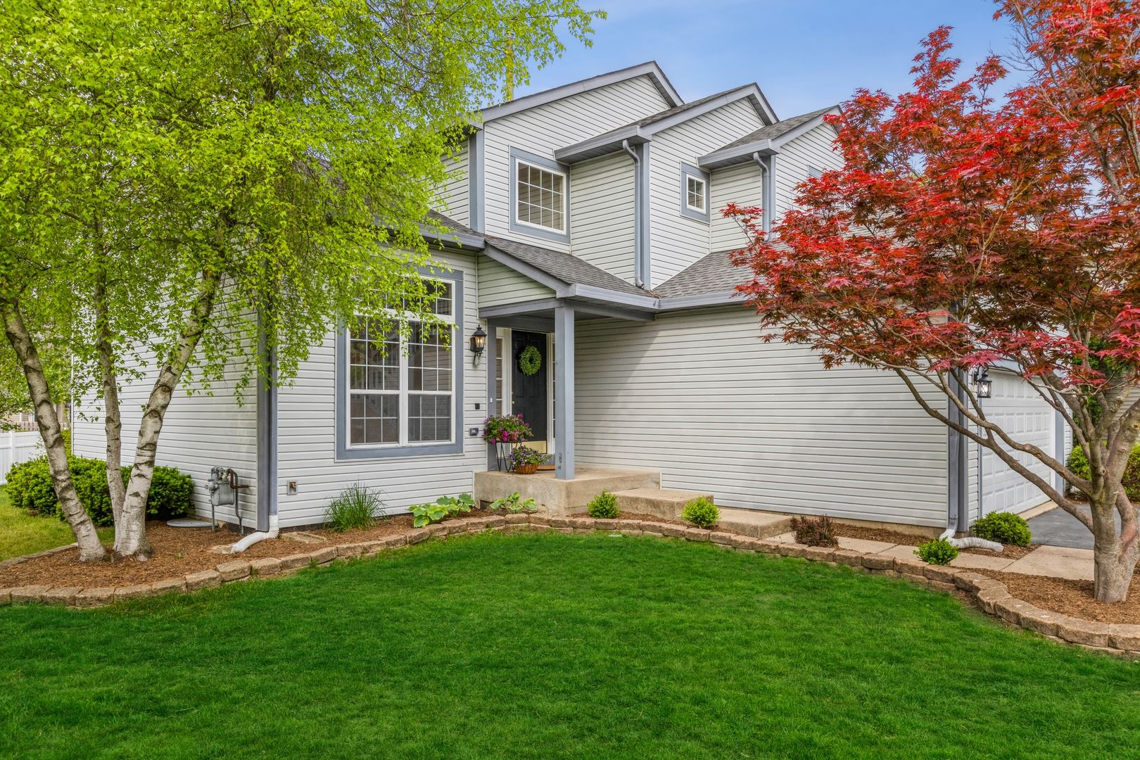 8 Sweetwater Court, Lake in the Hills, IL 60156 - #: 11073827