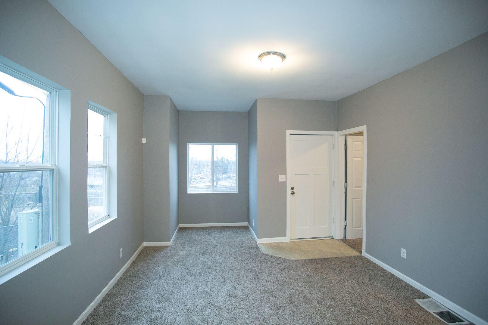 Photo of 350 Stevens Avenue, Joliet, IL 60432 (MLS # 10945830)