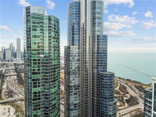 Photo of 1211 S Prairie Avenue #1305, Chicago, IL 60605 (MLS # 11169832)