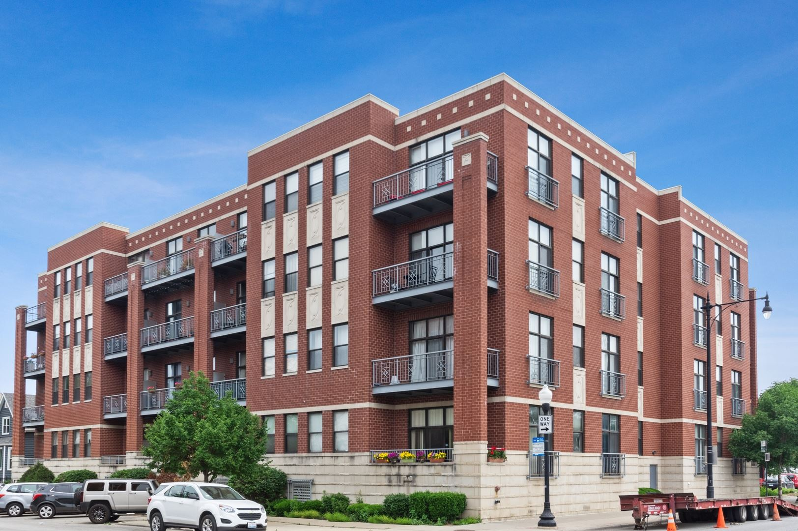 4011 N Francisco Avenue #311, Chicago, IL 60618 - #: 10730832