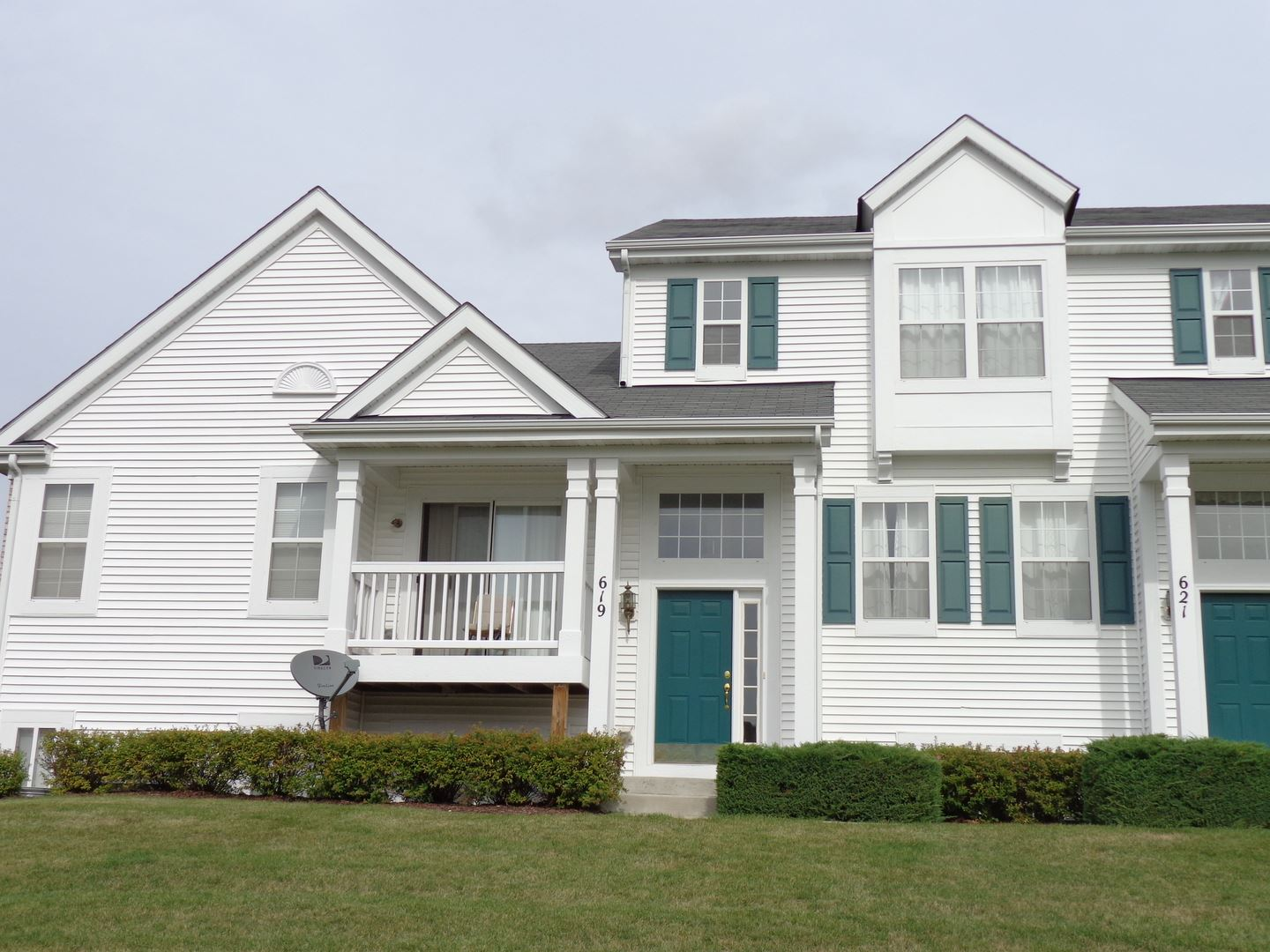 Photo of 619 Lincoln Station Drive #619, Oswego, IL 60543 (MLS # 11043832)