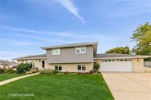 Photo of 15141 Sunset Ridge Drive, Orland Park, IL 60462 (MLS # 11247836)