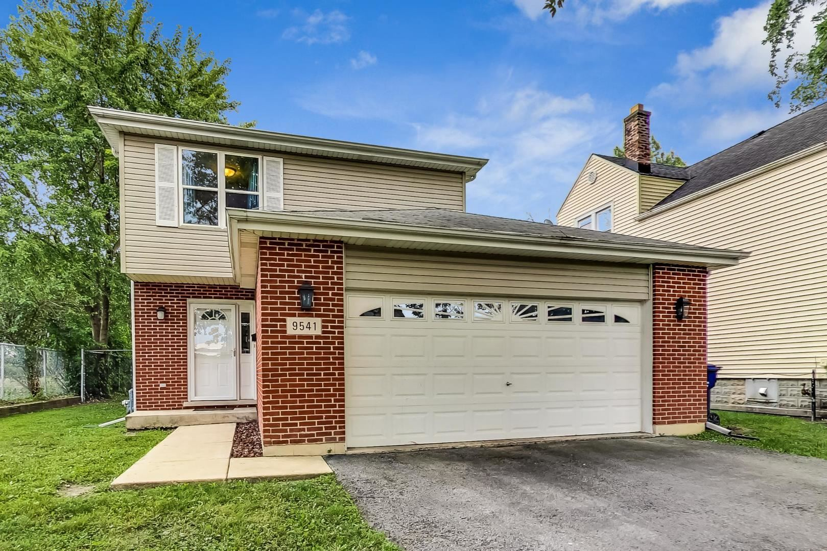 9541 S Troy Avenue, Evergreen Park, IL 60805 - #: 10813836