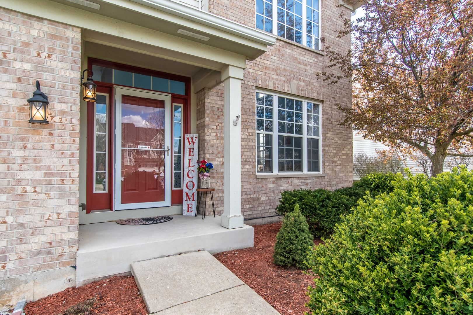 Photo of 26209 MAPLEVIEW Drive, Plainfield, IL 60585 (MLS # 11053836)