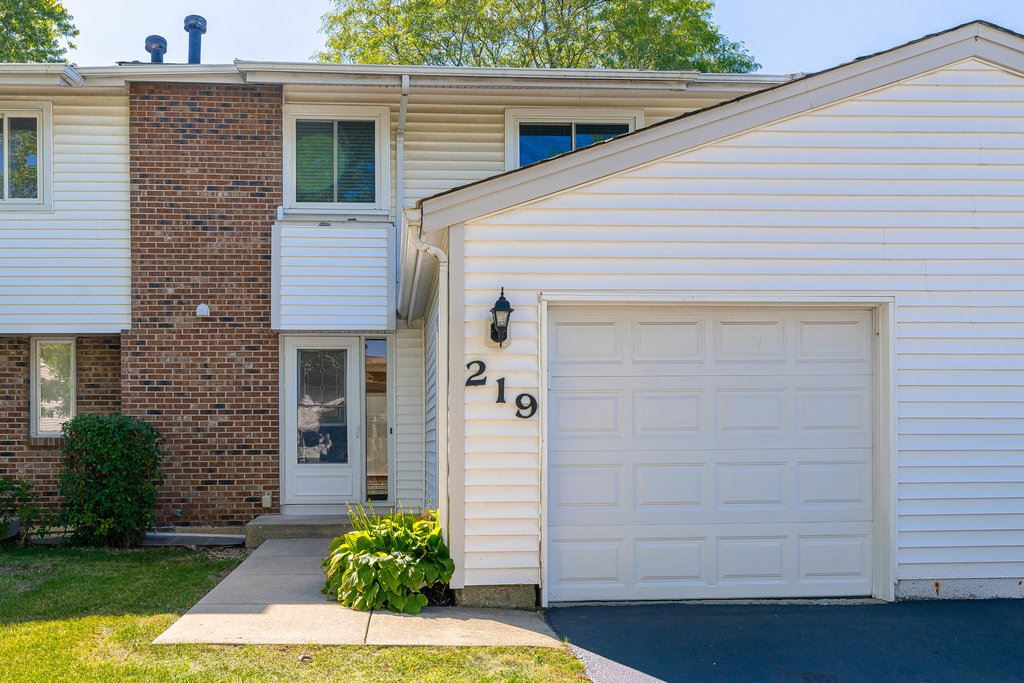 219 Douglass Way, Bolingbrook, IL 60440 - #: 11233837