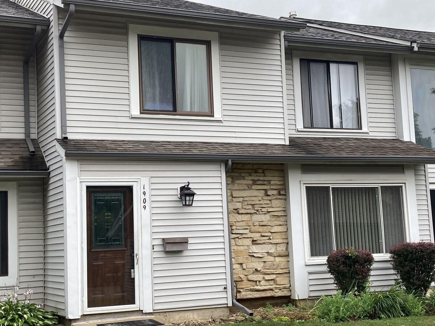 1909 Bates Place #1909, Downers Grove, IL 60516 - #: 11244837