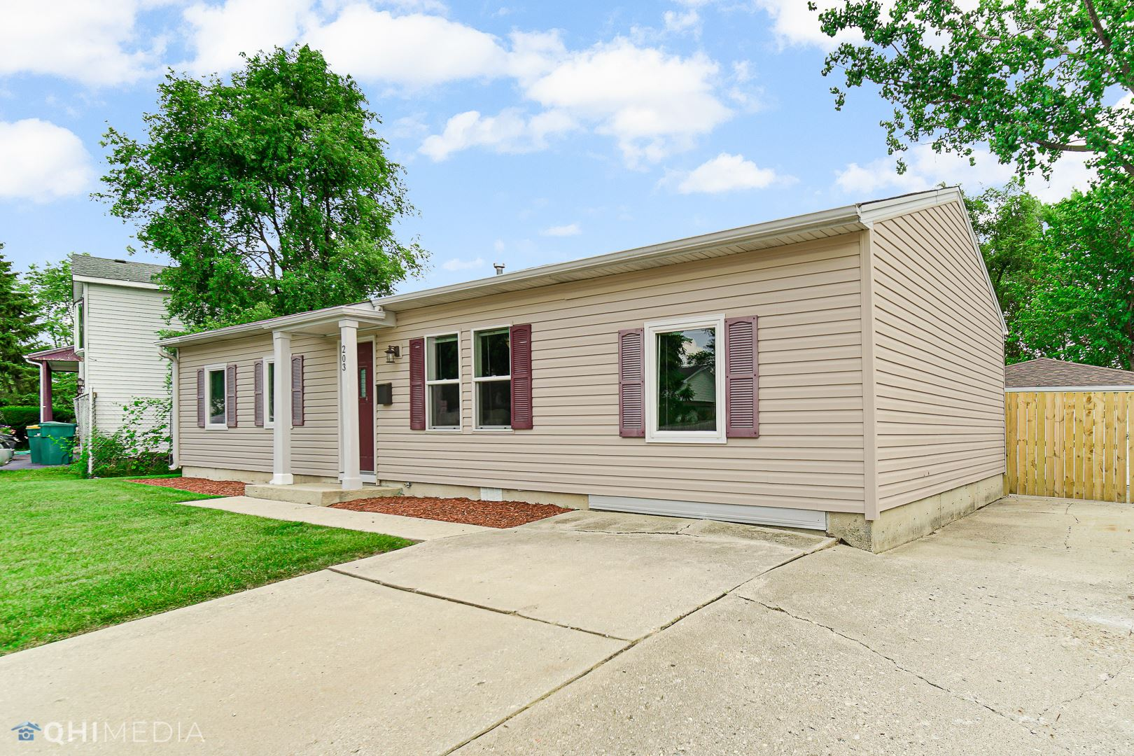 Photo of 203 Troxel Avenue, Romeoville, IL 60446 (MLS # 11149838)