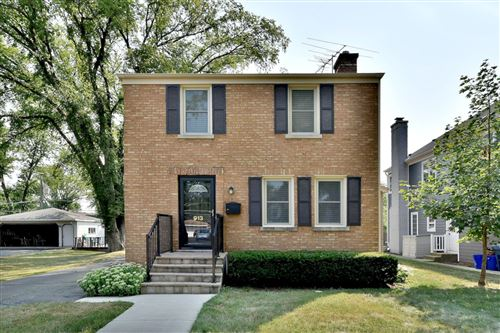 Photo of 913 S Fairfield Avenue, Elmhurst, IL 60126 (MLS # 11168840)