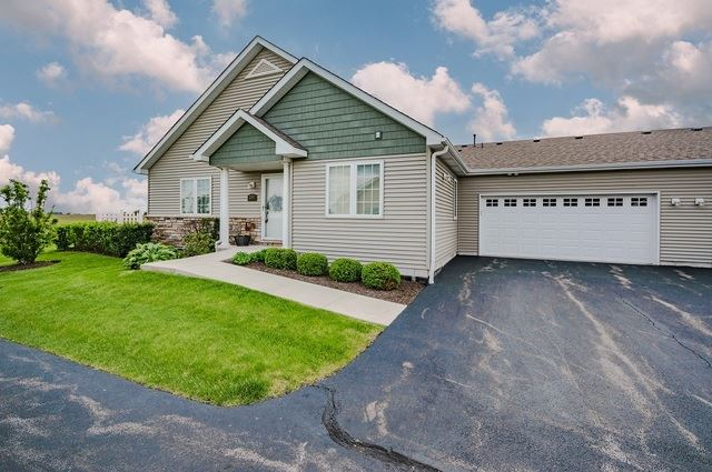 2197 Waterbury Lane W #2197, Sycamore, IL 60178 - #: 10735841