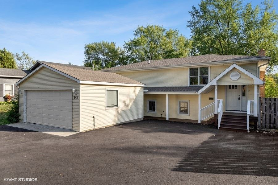 143 Hilltop Drive, Lake in the Hills, IL 60156 - #: 11233842