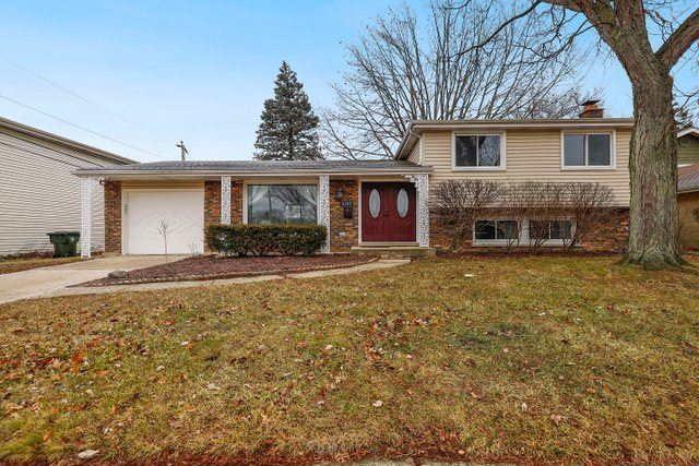 2127 N Kennicott Drive, Arlington Heights, IL 60004 - #: 10697843