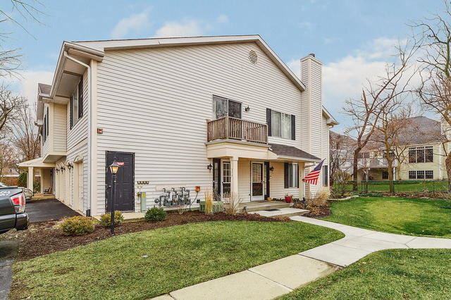 377 Coventry Court #4-5, Clarendon Hills, IL 60514 - #: 10664845