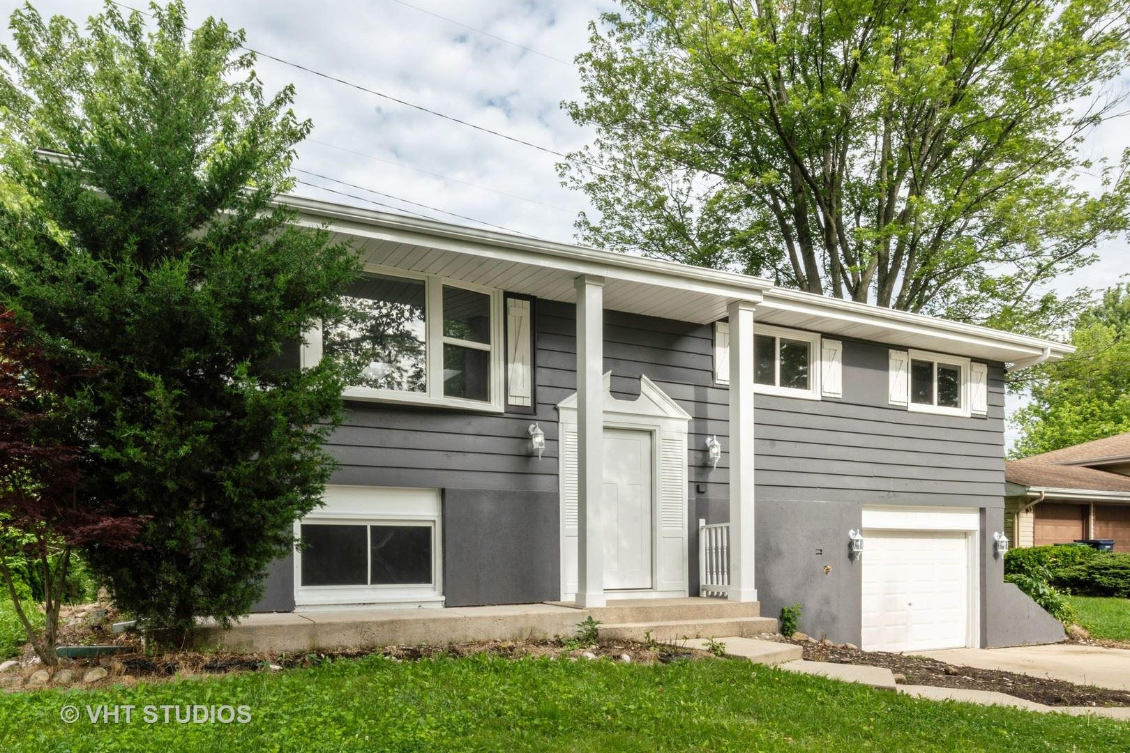 2S060 S Valley Road, Lombard, IL 60148 - #: 10685845