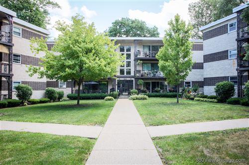 Photo of 1007 8th Avenue #3, La Grange, IL 60525 (MLS # 10923846)
