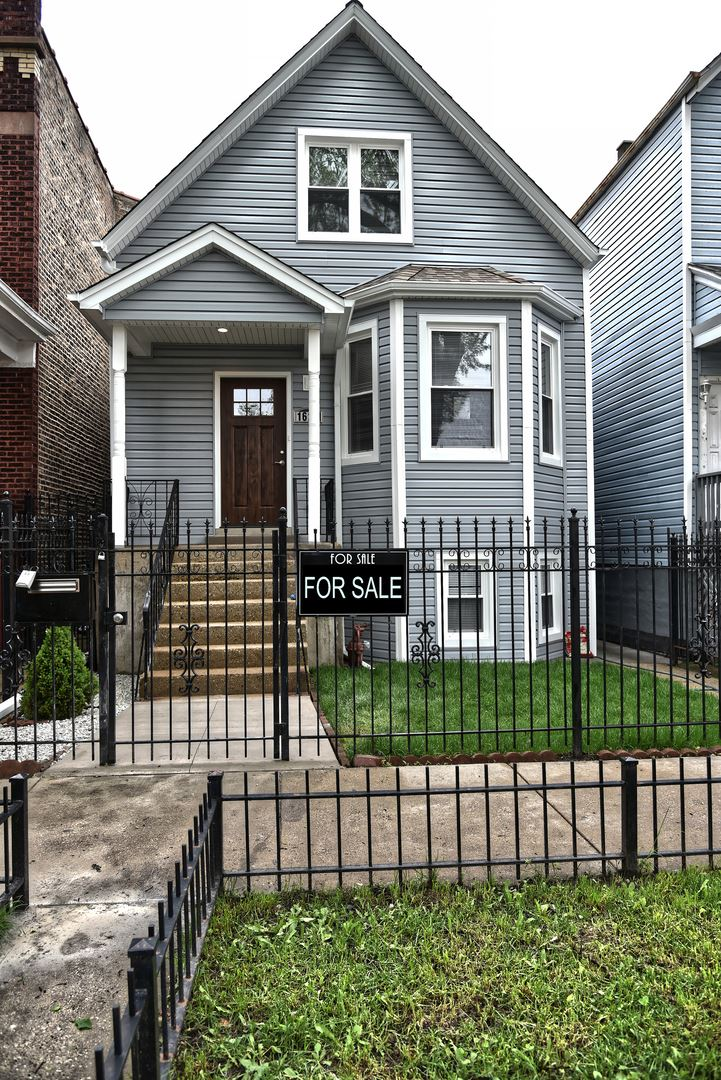 1621 N Keeler Avenue, Chicago, IL 60639 - #: 10742846
