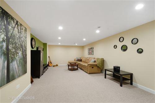 Tiny photo for 176 E Stone Avenue, Lake Forest, IL 60045 (MLS # 10751848)