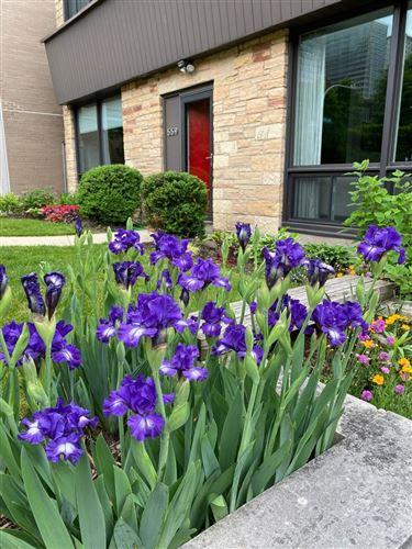 Photo of 559 W Cornelia Avenue, Chicago, IL 60657 (MLS # 11000850)
