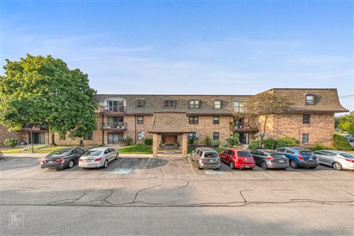 Photo of 475 N cass Avenue #303, Westmont, IL 60559 (MLS # 10877853)