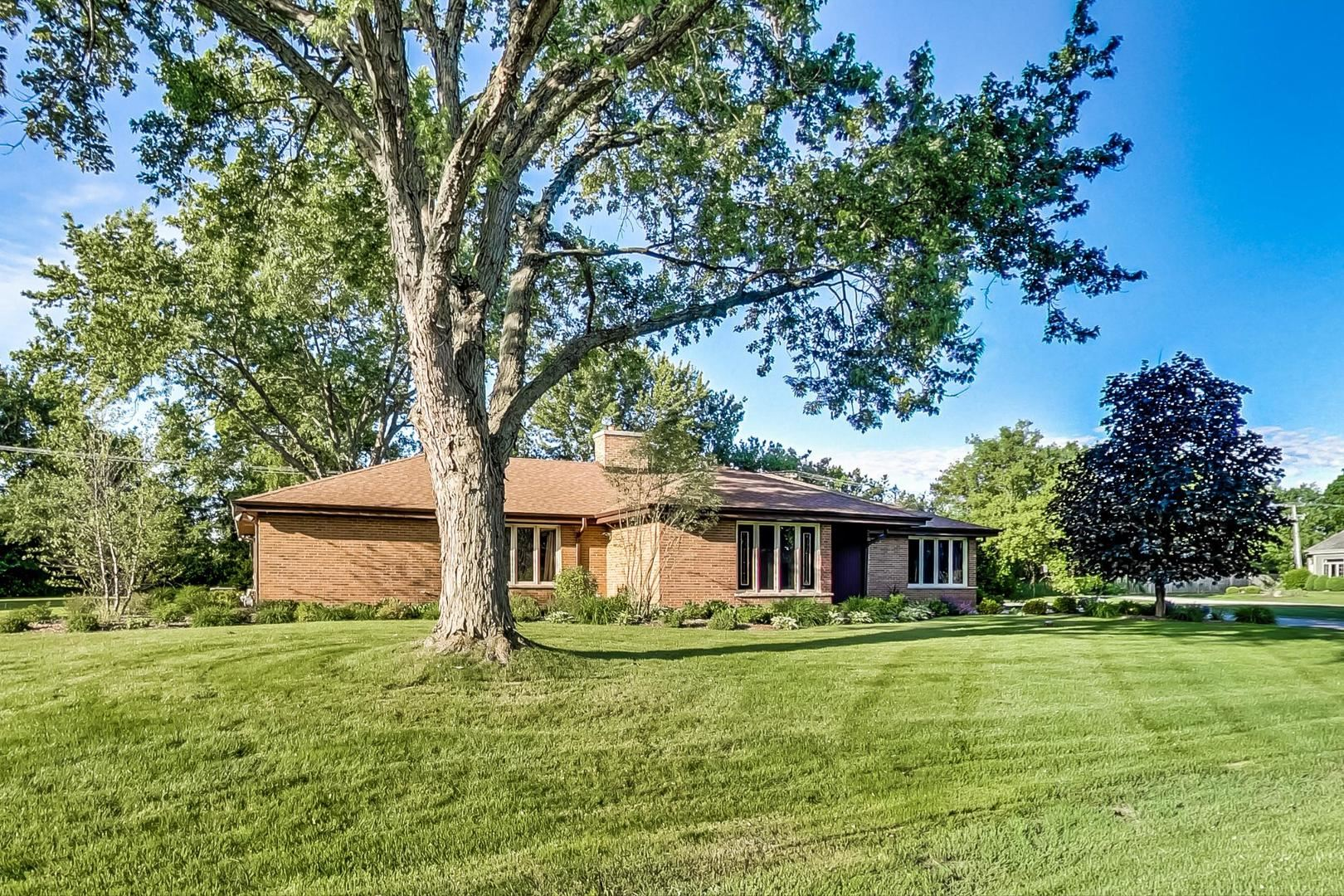 35W111 Frontenac Drive, Dundee, IL 60118 - #: 10753854