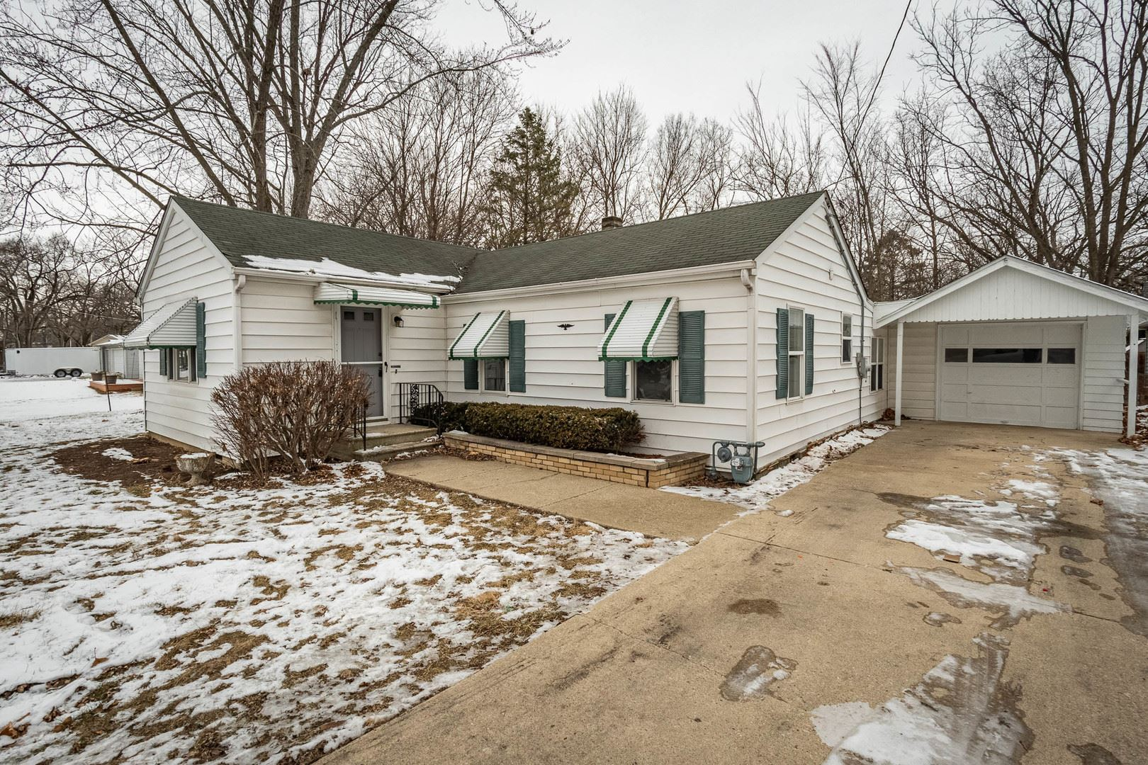 Photo of 106 Meyers Street, Shorewood, IL 60404 (MLS # 10981856)