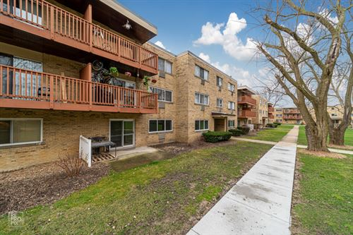 Photo of 726 Dempster Street #4, Mount Prospect, IL 60056 (MLS # 10683859)