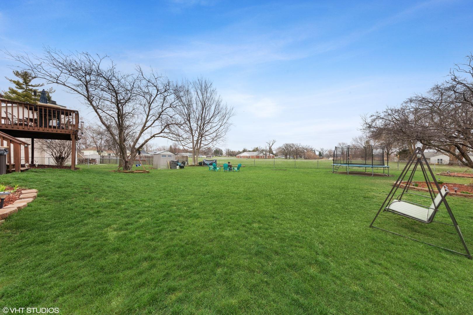 Photo of 4 Fernwood Court, Romeoville, IL 60446 (MLS # 11027860)