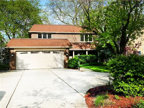 Photo of 447 S York Street, Elmhurst, IL 60126 (MLS # 10731862)