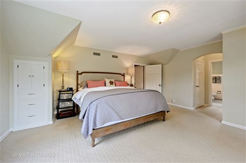 Tiny photo for 404 Sunset Ridge Road, Northfield, IL 60093 (MLS # 10876863)