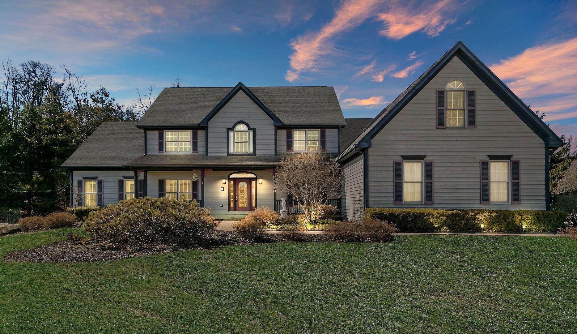 3703 Sutton Woods Drive, Prairie Grove, IL 60012 - #: 10741863